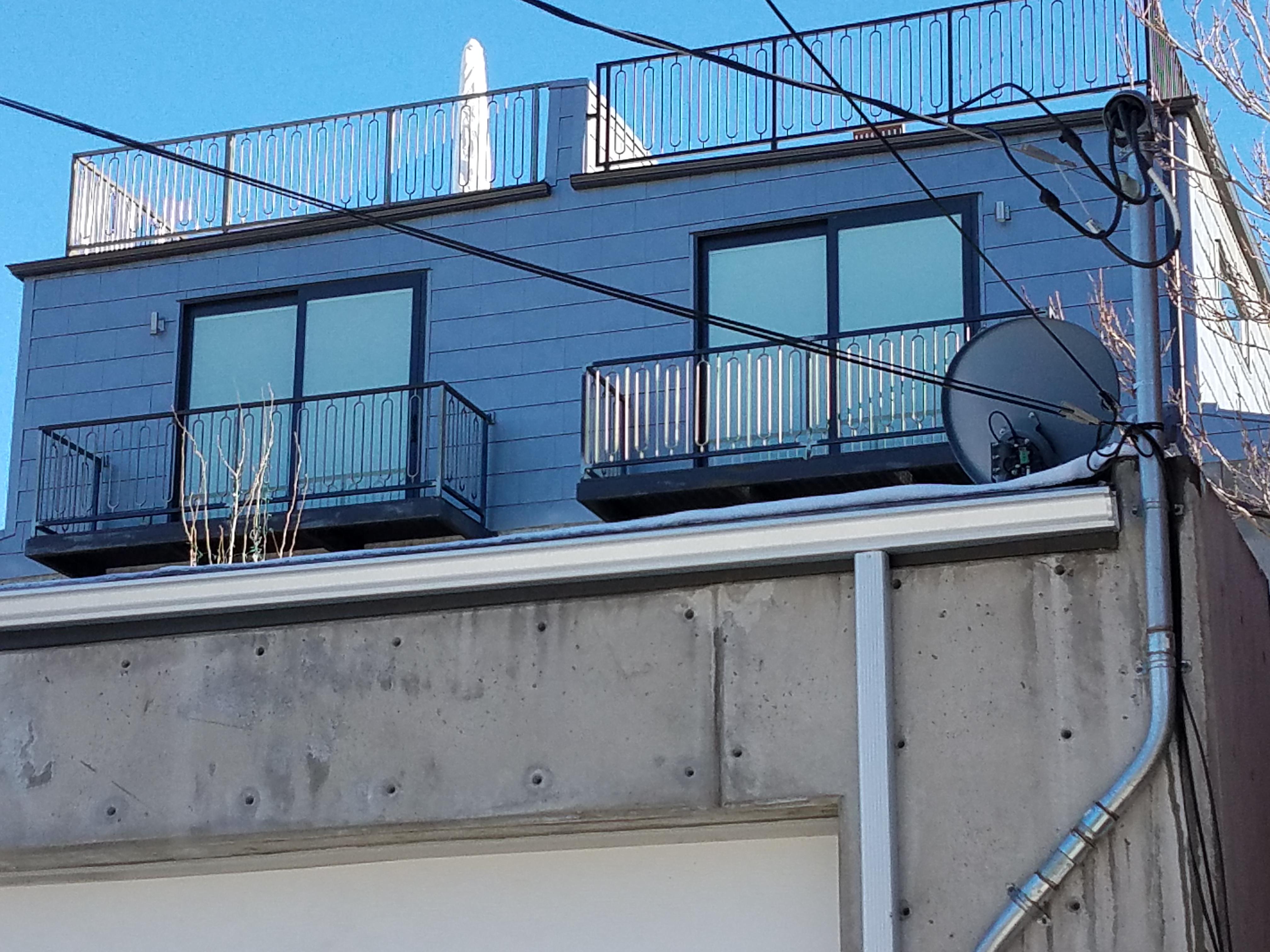 Engineered metal shingles in horizontal layout   Fine Metal Roof Tech