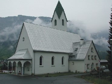 standing-seam-roof-church