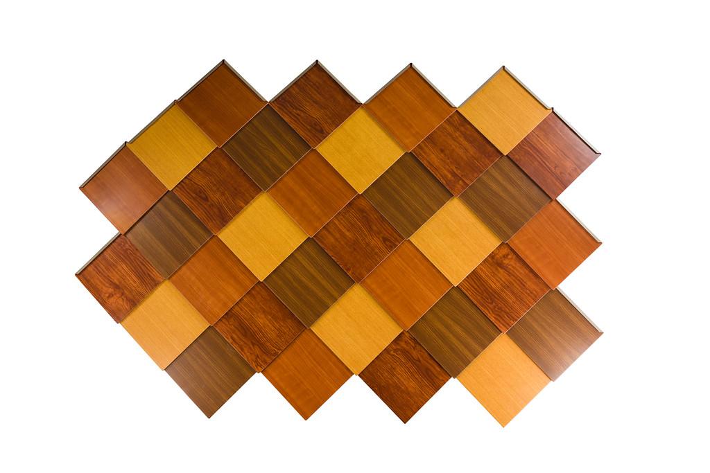 Diamond shingles in woodgrain paint mix of woodgrain finishes